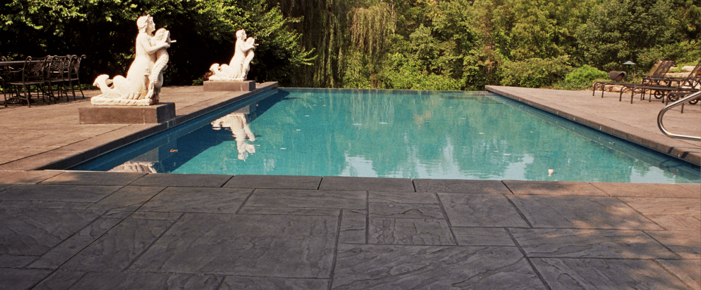 Bomanite Imprint Systems, Imprint Systems: Bomacron - Yorkshire Stone Pattern, Private Residence in Indianna by Harriman's Bomanite